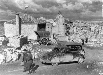 The-Spanish-Earth-1937-minikino-digdoc
